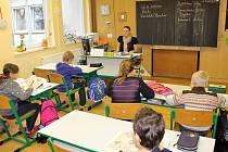 Třídy jsou ve škole plně vybavené.