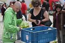 Zatímco se předcházející Farmářské trhy konaly v areálu Pivovaru Ferdinand, ty letošní budou na Masarykově náměstí.