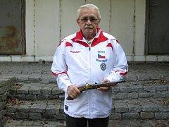 Karel Langer si z Mistrovství světa ve střelbě z předovek přivezl zlatou medaili.