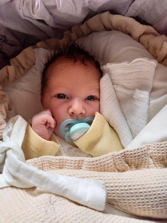 Tereza Švagrová se narodila 30. března 2021 v 01:49 v příbramské porodnici. Po porodu vážila 3760 g a měřila 54 cm. Šťastnými rodiči jsou Jana a Martin Švagrovi. Na Terezku doma v Nedrahovicích čekal bratříček Jakub (4 roky).