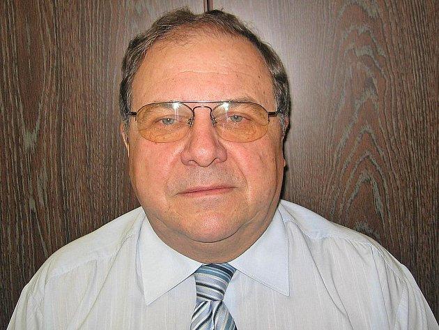 Ředitel Vladimír Černý.