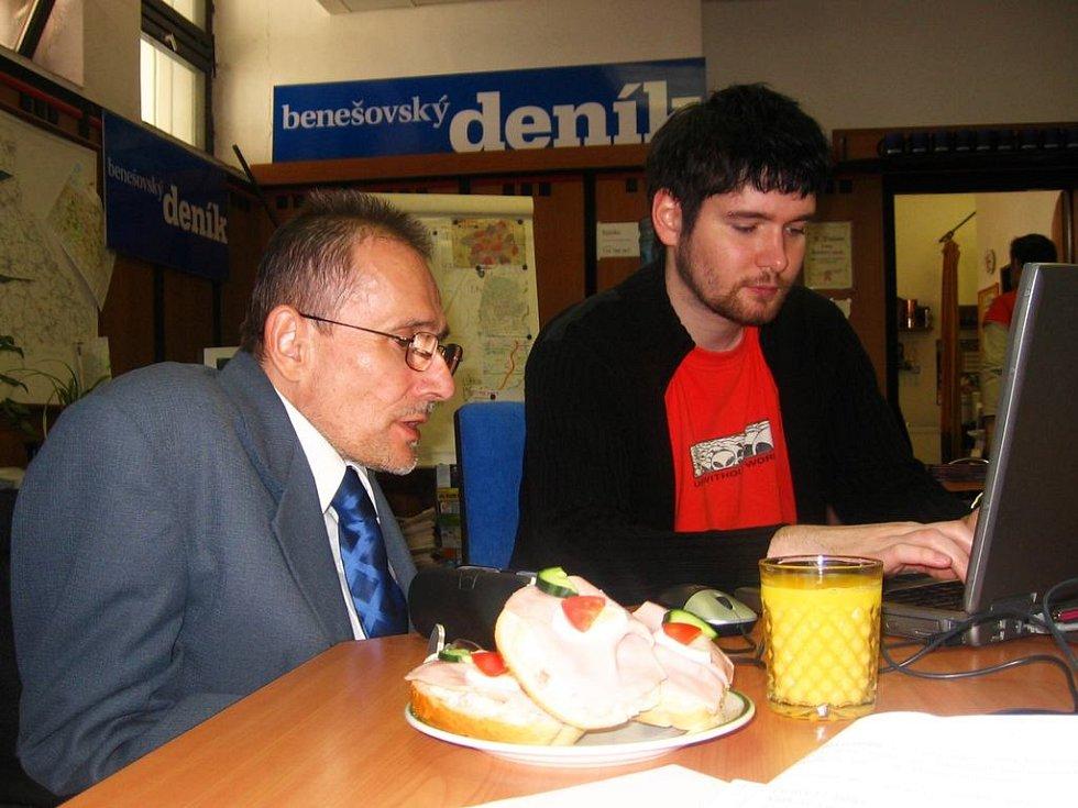 Václav Krása při on-line rozhovoru v redakci Benešovského deníku