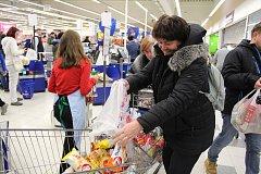 Národní potravinová sbírka se ve Vlašimi konala už potřetí.
