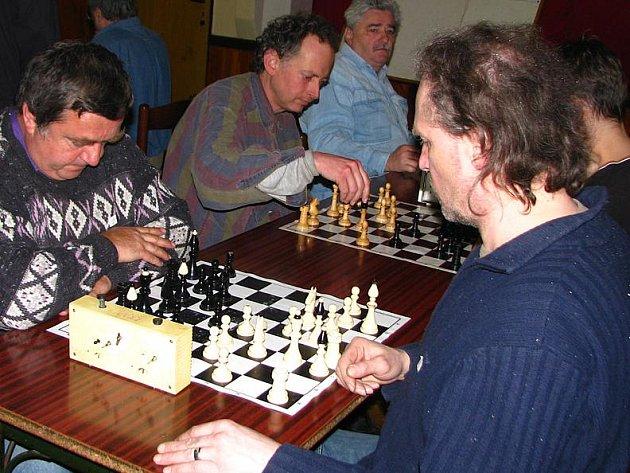 Šachový turnaj zaplnil Postupice.