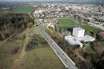 Studie zahloubení silnice E55 u Konopiště.