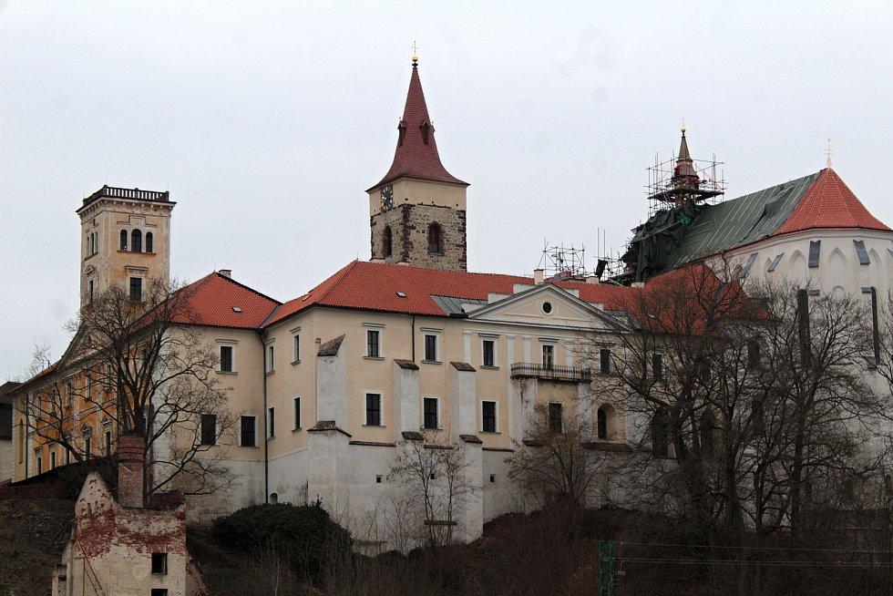 Klášterní kostel sv. Prokopa v Sázavě v době oprav.