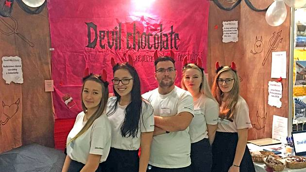 Fiktivní firma Devil chocolate z Vlašimi. Foto: