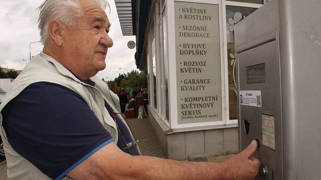 Benešov bude systém chytrého parkování testovat půl roku. Pak politici rozhodnou, zda ho koupí.
