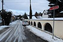 Ulice v Poříčí nad Sázavou.