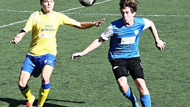 Stoper Jakub Melichar (ve žlutém) rozhodl zápas s Táborskem v 82. minutě.