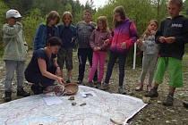 Koncem června zpřístupnili ochranáři v Jinošovském údolí revitalizovaný vápencový lom s vyhlídkou.