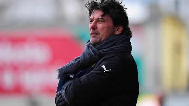 Fotbalový trenér Daniel Šmejkal.