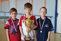 Medailisté STAMAT ligy. Zleva: Tomáš Syrový, Kryštof Křížek a Ondřej Hrabě.