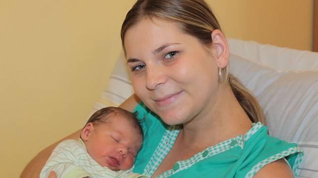 Prvorozeným synem manželů Zuzany a Martina Fišerových z Modletic se 6. října v 11.14 stal malý Lukáš. Na svět přišel s váhou 3,22 kilogramu a mírou 49 centimetrů.