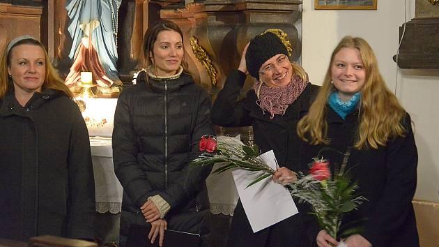 Z koncertu Melosu v kostele sv. Anny v Benešově.