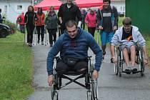 V Rehabilitačním ústavu Kladruby jsou od pátku 13. září otevřené dva okruhy turistické stezky určená pro vozíčkáře.