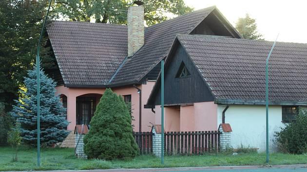 Pravděpodobně dům, ve kterém došlo k přestřelce.
