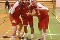 Mračské drtivé ofenzivní trio. Zleva: Roman Sadílek, Ondřej Páv, Zdeněk Vrňák.