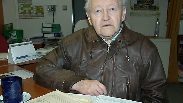 Josef Jeřábek v redakci.