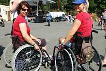 Ústav zahájil od začátku prázdnin projekt intenzivní rehabilitační péče u pacientů se získaným poškozením mozku. V Kladrubech se ale také konají setkání motorkářů s názvem Keep Respect.