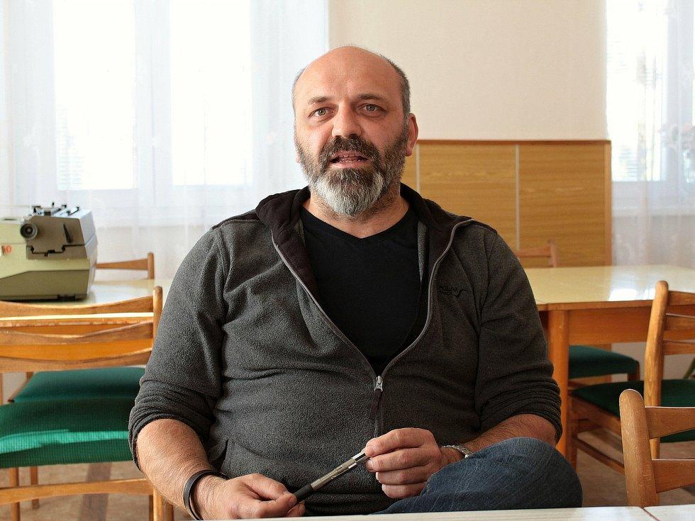 Starosta Miličína Václav Karda.