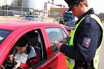 Ilustrační foto: Dopravní kontrolu většího rozsahu provádí policisté na Benešovsku pravidelně. Každý měsíc
