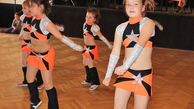 Okresní kolo tanečního poháru se koná v Benešově v pátek 24. dubna.