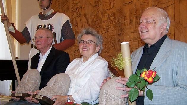 Blaničtí rytíři 2013 - Erich Renner, Milada Justová a Stanislav Příhoda (zleva).