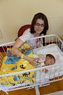 Martina Svobodová a Miloš Schäfer jsou od 24. února šťastní rodiče malé Klaudie. Holčička po narození v 8.17 vážila 3490 gramů. Rodiče si prvorozenou dcerku odvezou domů do Čerčan.