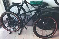 Ukradená jízdní kola v osadě Zdiměřice.