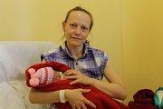 Valerie Hašková se narodila 15. ledna ve 23.28 s váhou 2,96 kg a mírou 46 cm. Z holčičky se radují rodiče Miroslava Hrušková a Marek Hašek. Malou Valerii si odvezou domů do Týnce nad Sázavou.