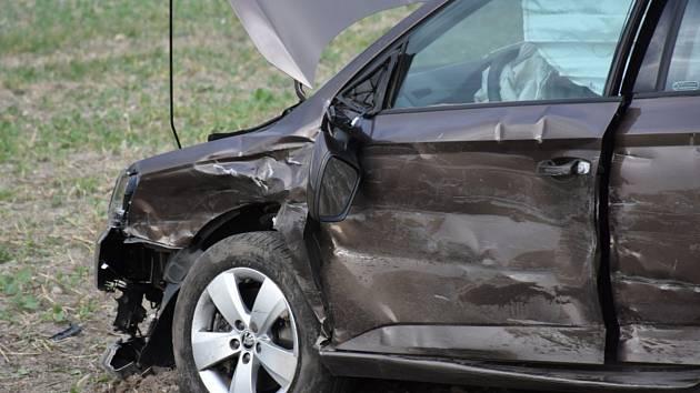 Osobní auto se u Litohoře srazilo s nákladním