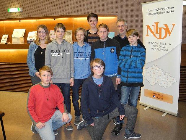 Mladí ochránci přírody na slavnostním předávání ocenění.