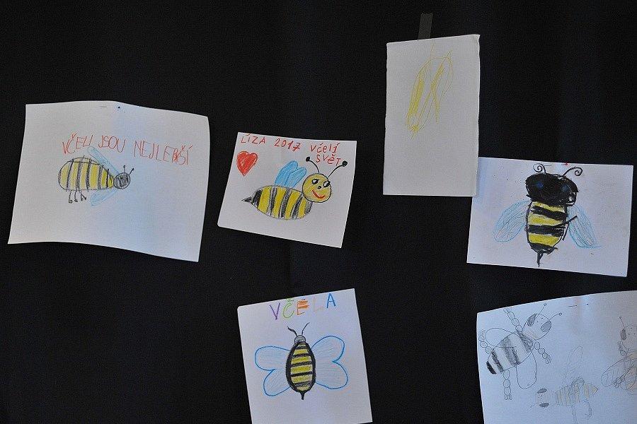 Akce v hulickém Vodním domě a Včelím světě.