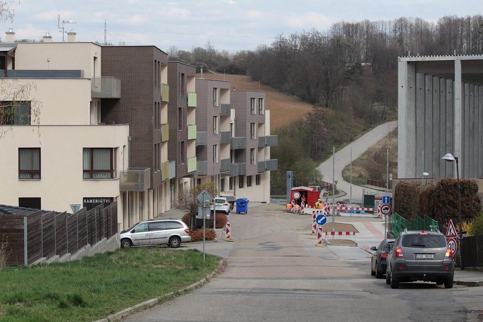 Ulice K Pazderně v Benešově.