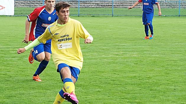 Benešovský Miloslav Klauz se stal se čtyřmi góly hrdinou zápasu s Náchodem (7:1).