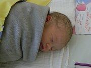 Holčička Adriana Pudilová se narodila 14. března v 8.16. Po narození vážila 2950 gramů a měřila 49 centimetrů. Rodiče Andrea Zajíčková a Petr Pudil si své prvorozené  miminko odvezou do Kňovic.