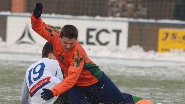 Vlašimští hráči v zápase s béčkem Mladé Boleslavi na turnaji na Vyšehradě trenéra Nádvorníka, i přestože vyhráli, nepotěšili