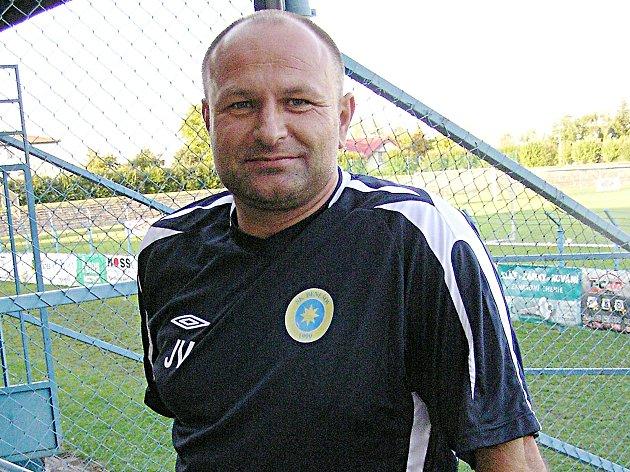 Jiří Večera, vedoucí týmu SK Benešov B, masér a zdravotník divizního áčka, zachránil život mladé dívce.