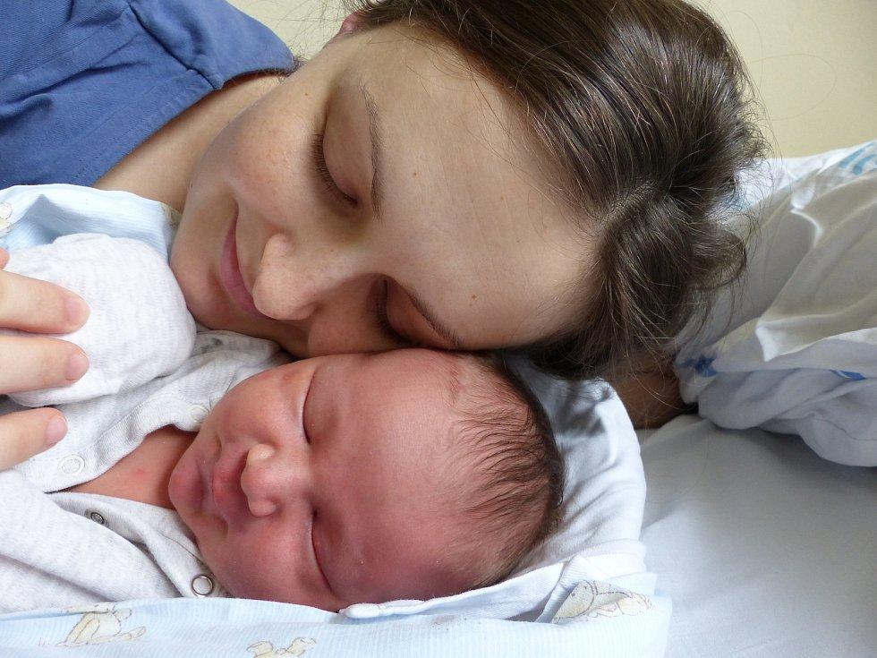 Marek Padalka se narodil 27. dubna 2021 v kolínské porodnici, vážil 4780 g a měřil 54 cm. V Kolíně se z něj těší bráška Davídek (3) a rodiče Jana a Igor.