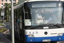 Za jízdu městskou dopravou si cestující v Benešově připlatí.