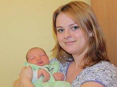 Lence a Michalovi Tikovským se 10. března v 11.25 narodila malá Markéta. Při příchodu na tento svět vážila 4,10 kilogramu a měřila 53 centimetrů. Doma v Benešově má sestřičku Anetku (1,5).
