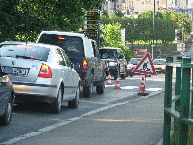 Překážka v dopravě, důvod kolapsu v Benešově