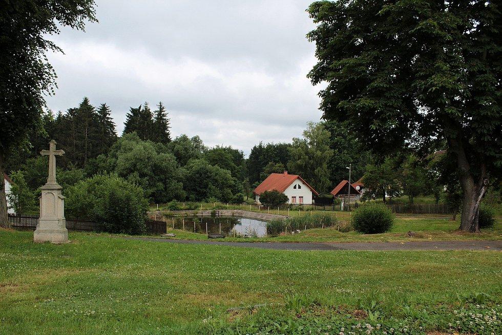 Dolní Kralovice - Střítež.