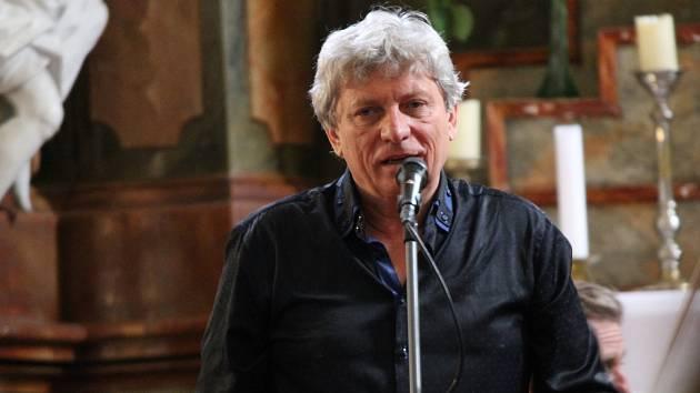 Koncert Hradišťanu a Jiřího Pavlici zahájil Načeradecké hudební léto.
