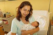Kristýna Svobodová se narodila 9. května v 8.16. Po narození  měla 3 240 gramů a 49 centimetrů. Rodiče, Lucie Miková a Josef Svoboda, ji doma v Hrusicích představí Karolíně(7), Nikole(7) a Michaele(4).