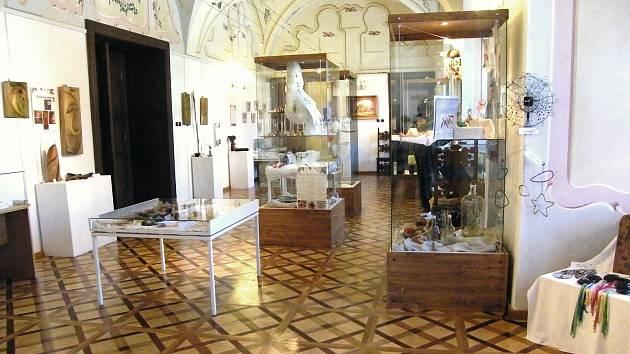 Mezi tradiční akce spolku Fakt-um patří Podblanický kreativní jarmark ve Vlašimi, Květinový den v Sázavě či kreativní kurzy.