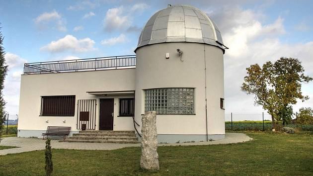 Vlašimská hvězdárna u výpadovky na Kondrac.