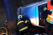 Dopravní nehoda u obce Pozov 6. března 2020.