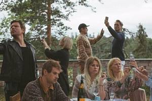 Užijte si kino z pohodlí domova - tentokrát s Finskou komedií Víkend na chatě.